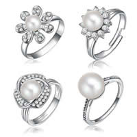 Cultured Freshwater Pearl Finger Ring